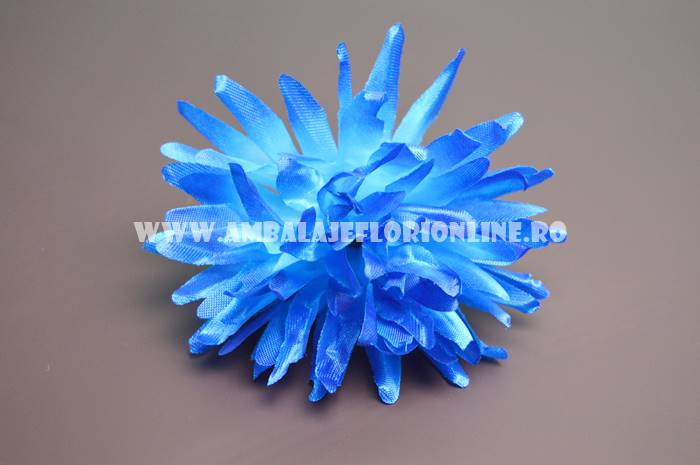 Ambalaje Flori ONLINE vinde Cap Crizantema Albastra la pretul de 24.99 lei