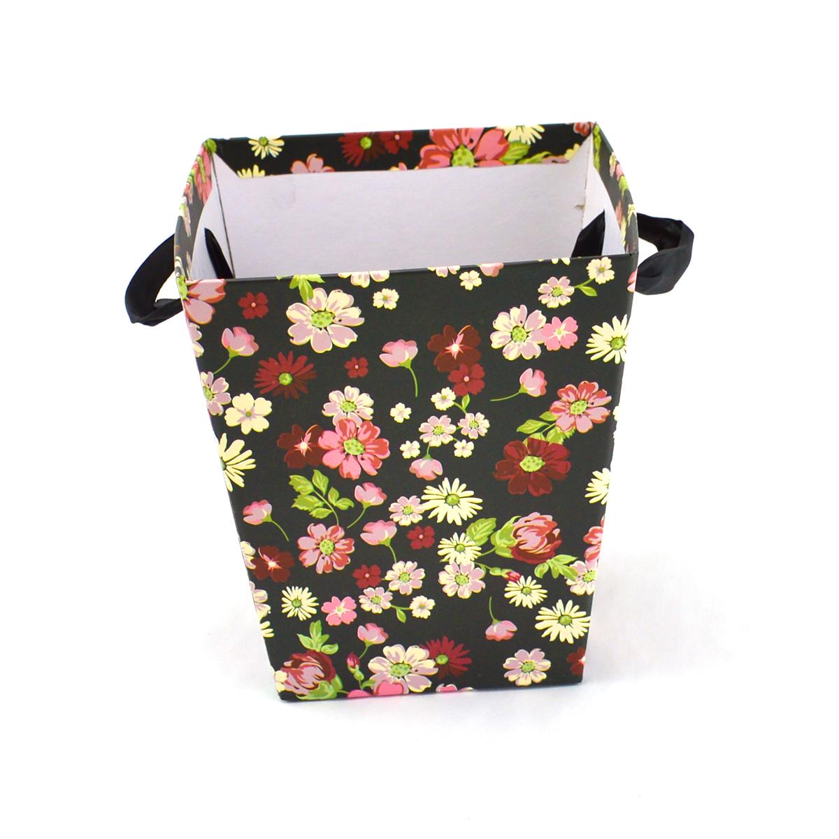 Ambalaje Flori ONLINE vinde Cutie Carton Tip Sacosa Negru cu Floricele la pretul de 7.9 lei