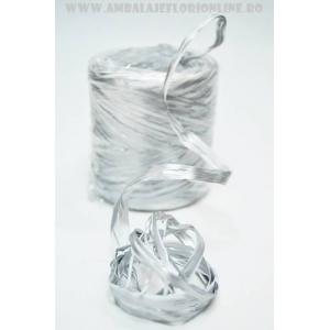 Ambalaje Flori ONLINE vinde Rafie argintie la pretul de 19.9 lei
