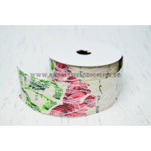 Ambalaje Flori ONLINE vinde Rola Vintage cu Dantela M5 la pretul de 14.9 lei