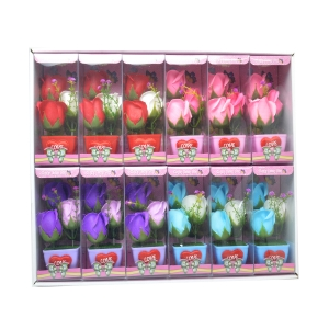 Set 12 ornamente cu trandafiri de sapun culori mixte